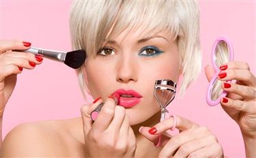 听说你在愁店里的彩妆销售?三招帮你提销量