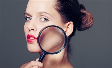 当化妆品纷纷跨界食品的时候 这个卖食品的也大举进攻化妆品了