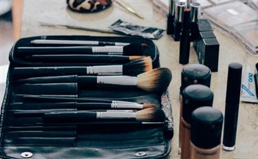 化妆品包装业:至2024年市场将达到330亿美元