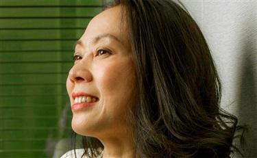 兰珍珍:化妆品行业的黄金10年及未来10年的最大挑战