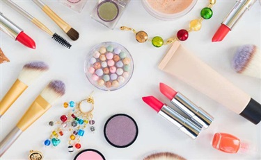 本土化妆品:营销甚猛 研发短板