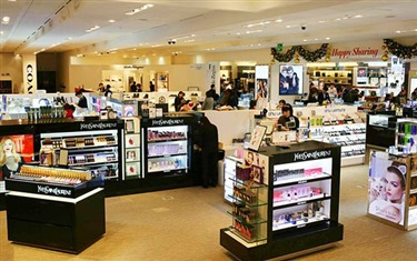 韩国品牌店化妆品在日本'@cosme'崭露头角