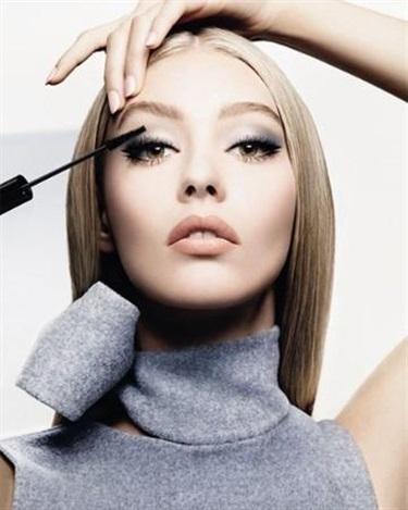 迪奥Diorshow时尚后台彩妆系列2015全新广告图片