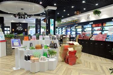 【图说】亳州炫炫名妆形象概念店