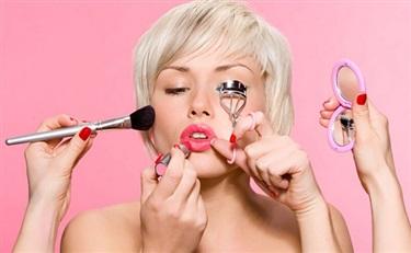 爱奇艺:2015年化妆品消费者洞察
