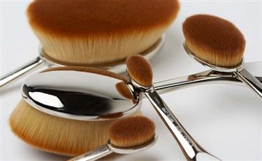 四年卖出100多万只高端化妆刷:看 Artis 如何用好设计颠覆一个超级细分的市场
