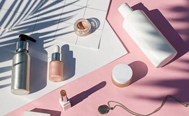 """陕西严查违法宣称""""药妆""""化妆品,下架23个品种"""