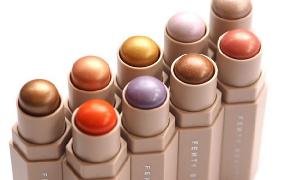 Fenty Beauty 拓展亚洲市场,首先落地中国的香港澳门和韩国两地