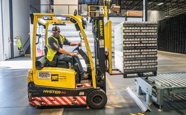 施耐德、欧莱雅等多家跨国公司陆续复工复产