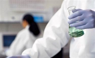 【聚访谈】科研之路—对话珀莱雅蒋丽刚:国内化妆品企业的科研与外企究竟差在哪?