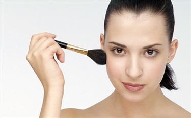 这些关于化妆品防腐剂的问答,一定有一条是你感兴趣的