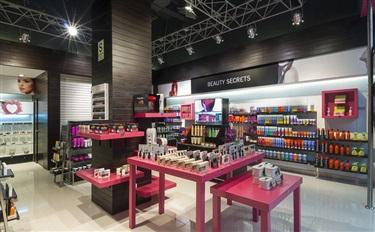 化妆品店生意差?有20多家连锁店一起想了这9个招数