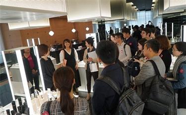 """资生堂要搞个提升门店服务计划,我们去日本""""样板店""""看了看"""