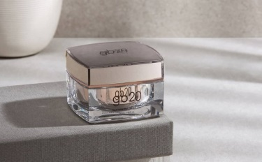 重金买下药妆公司,韩国时装企业欲借高端美妆刺激增长