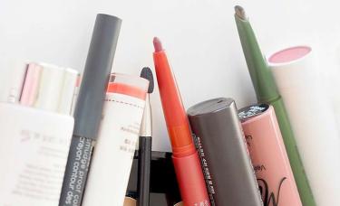 美日热点丨8月化妆品零售额达284亿元/对标松本清的美刻生活获得融资(9.15)