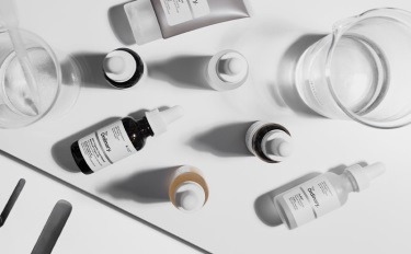 极简护肤成为2021年趋势之一,国内品牌还处于起步阶段