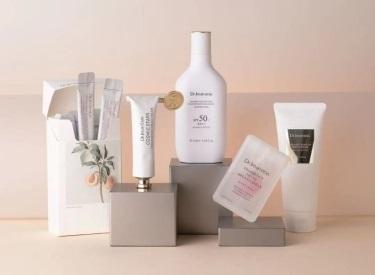 国内香氛新锐,如何携手美妆零售新物种与消费者深度链接?